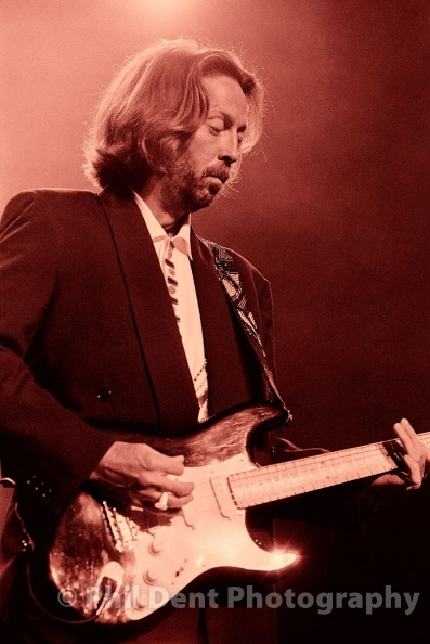 eric-clapton-1991-royal-albert-hall.jpg